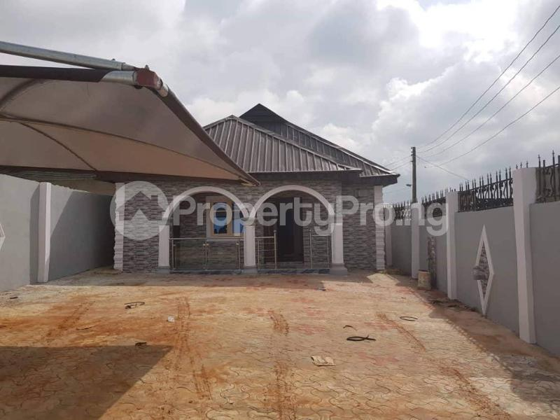 3 bedroom Terraced Bungalow House for sale Ayetoro after Ayobo. Sango Ota Ado Odo/Ota Ogun - 0