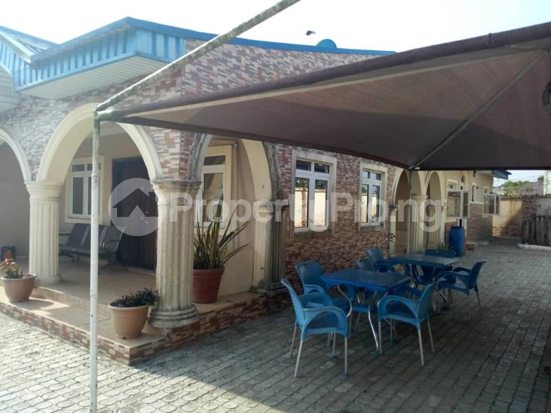 4 bedroom Terraced Bungalow House for sale Igando oloja Igando Ikotun/Igando Lagos - 6