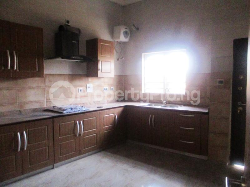 4 bedroom Semi Detached Duplex House for rent southlake estate Ologolo Lekki Lagos - 8