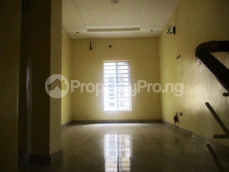 4 bedroom Semi Detached Duplex House for rent southlake estate Ologolo Lekki Lagos - 10
