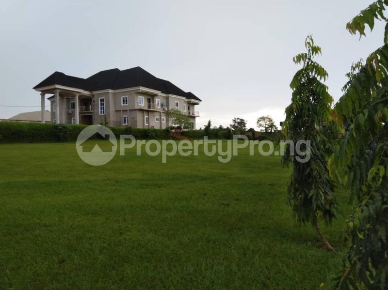 7 bedroom Detached Duplex House for sale Airport road,Benin city's Ipaja Ipaja Edo - 8