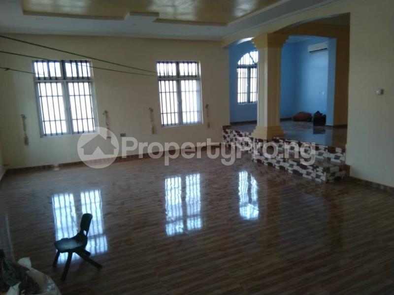 7 bedroom Detached Duplex House for sale Airport road,Benin city's Ipaja Ipaja Edo - 9
