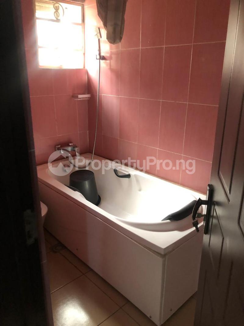 7 bedroom Detached Duplex House for sale Airport road,Benin city's Ipaja Ipaja Edo - 11