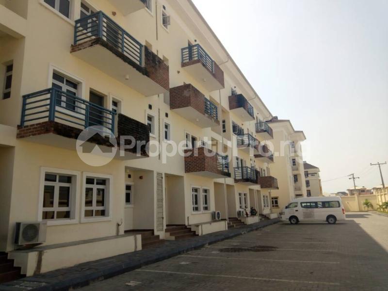 4 bedroom Massionette House for rent ---- Ologolo Lekki Lagos - 0