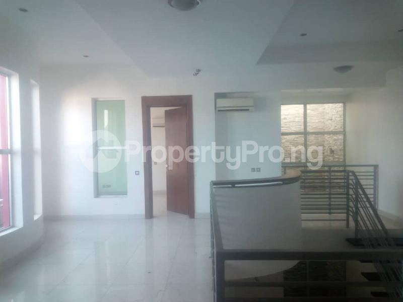 4 bedroom Semi Detached Duplex House for rent - Idado Lekki Lagos - 1