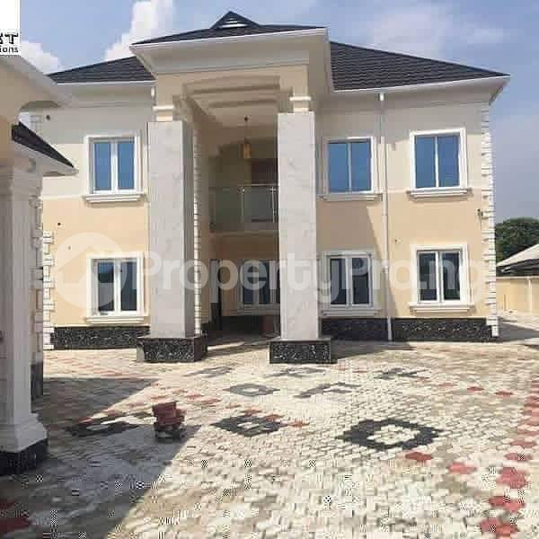 4 bedroom Terraced Duplex House for sale ----- Lekki Phase 2