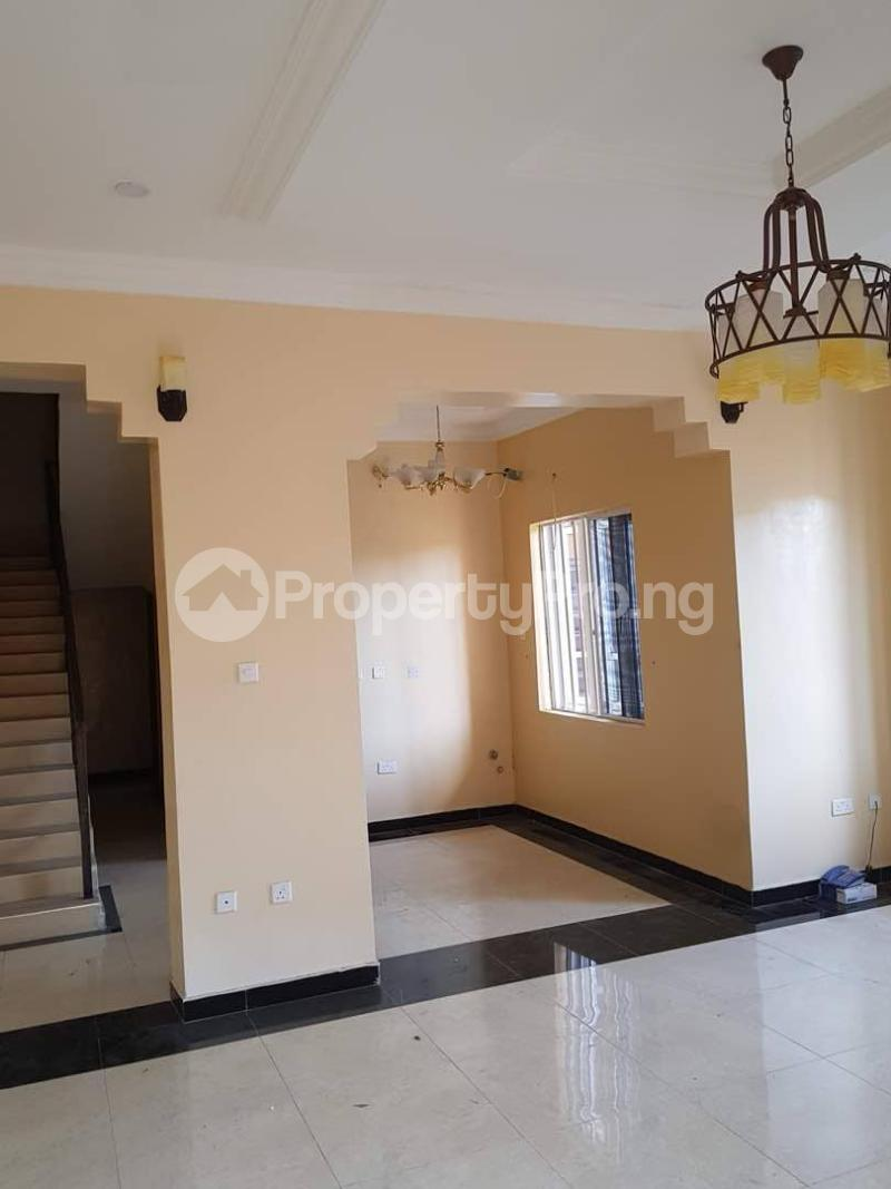 4 bedroom Terraced Duplex House for rent ---- Lekki Phase 1 Lekki Lagos - 1