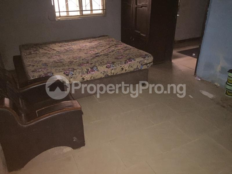 Self Contain Flat / Apartment for rent Bailey  Abule-Ijesha Yaba Lagos - 2