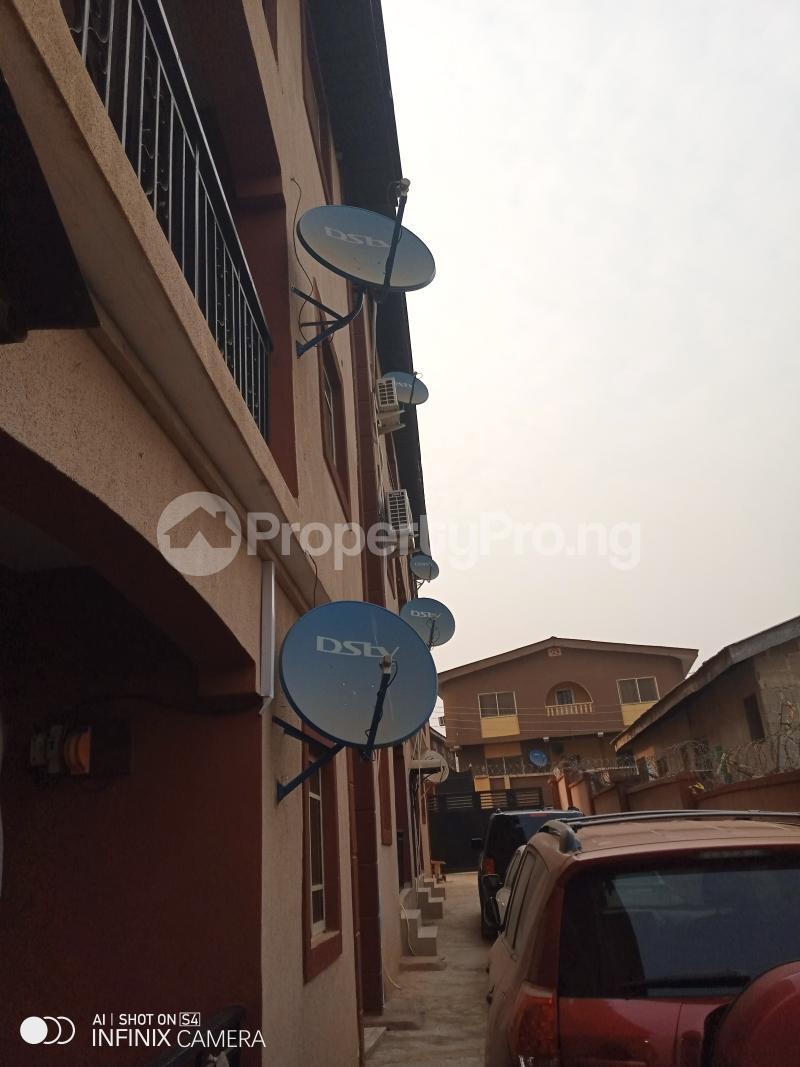 1 bedroom mini flat  Mini flat Flat / Apartment for rent Berger oluwakemi junction via Ojodu abiodun road. Berger Ojodu Lagos - 6