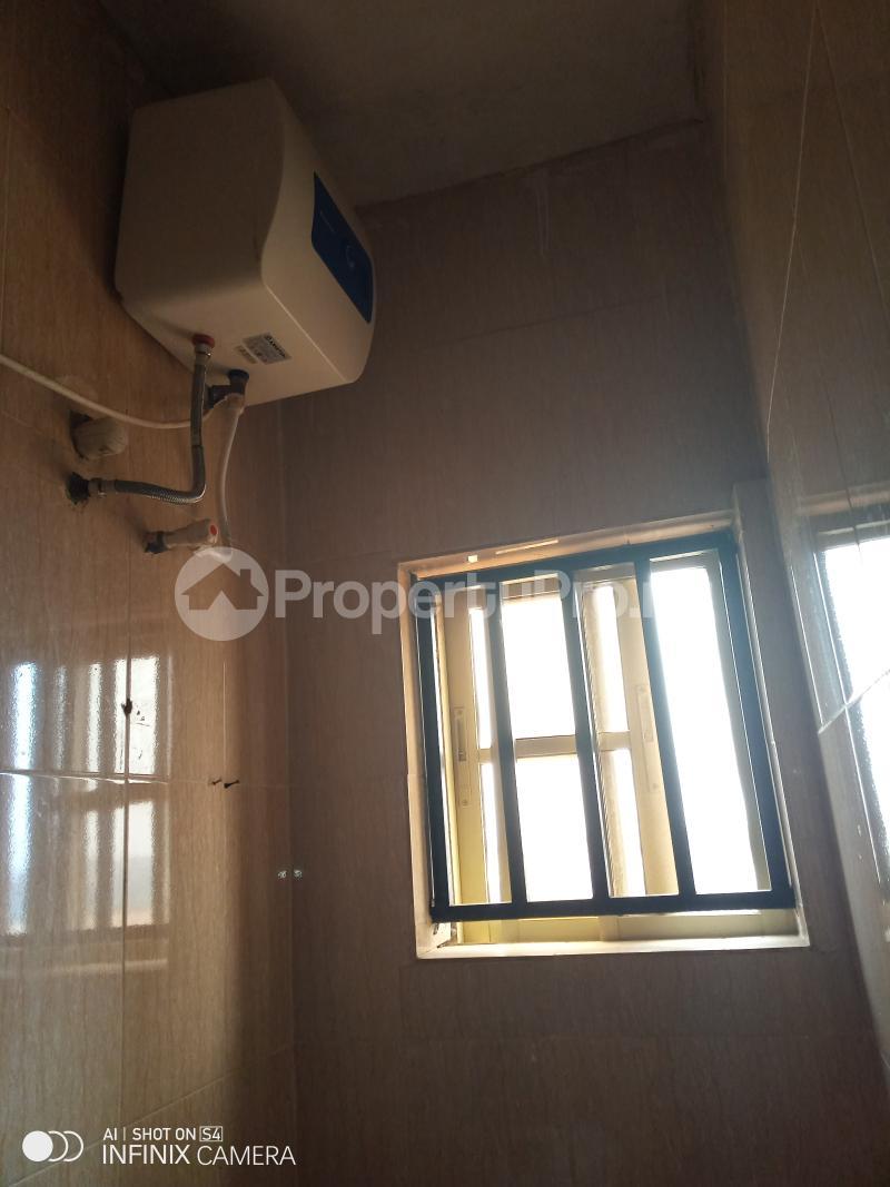 1 bedroom mini flat  Mini flat Flat / Apartment for rent Berger oluwakemi junction via Ojodu abiodun road. Berger Ojodu Lagos - 2