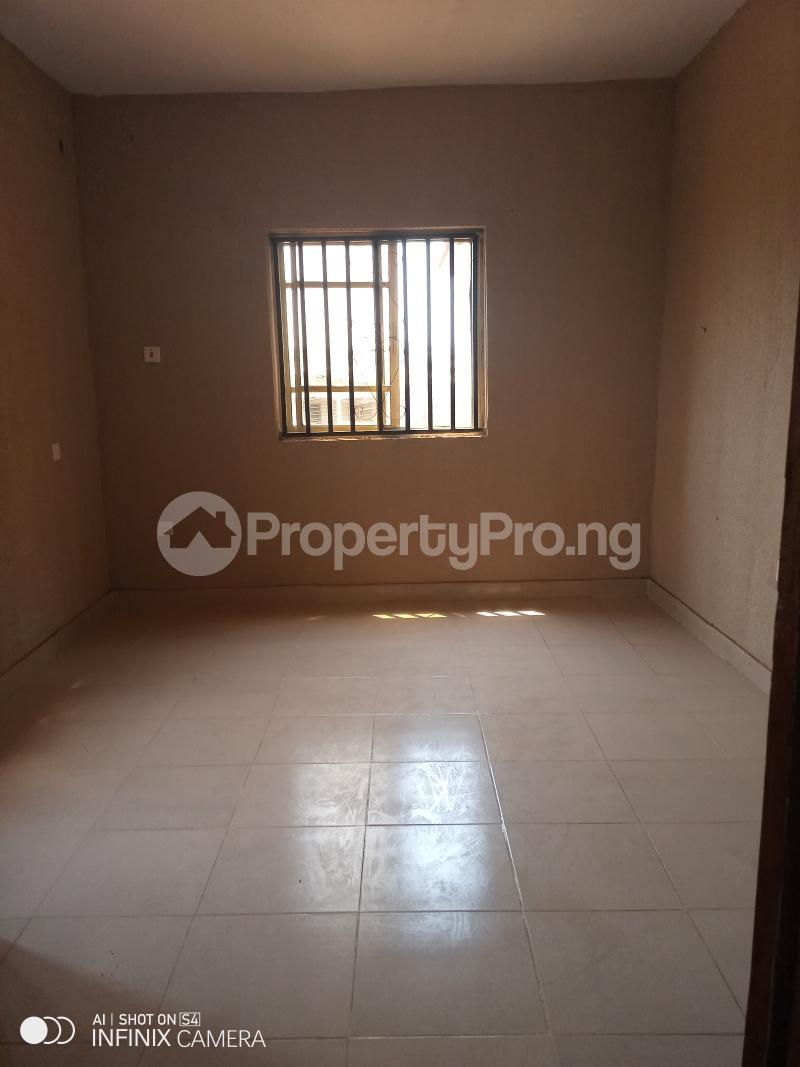 1 bedroom mini flat  Mini flat Flat / Apartment for rent Berger oluwakemi junction via Ojodu abiodun road. Berger Ojodu Lagos - 3