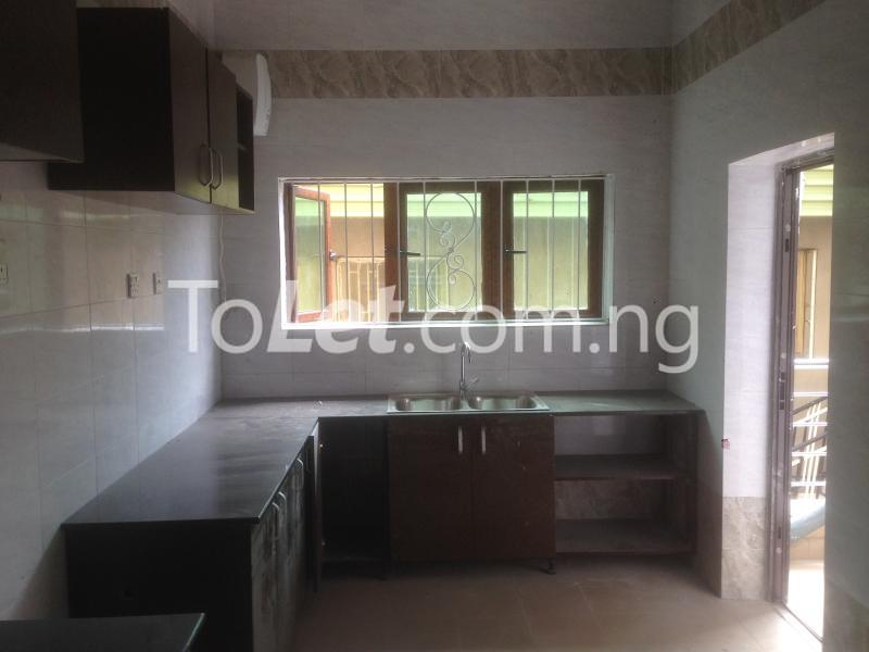 3 bedroom Flat / Apartment for rent Modupe  Fola Agoro Yaba Lagos - 8
