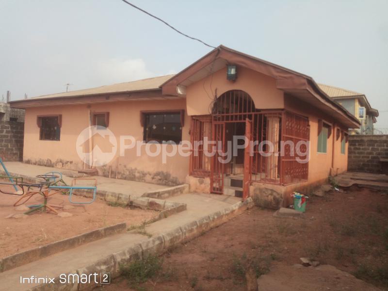 4 bedroom Detached Bungalow House for sale Peace Estate Baruwa Ipaja Lagos - 7