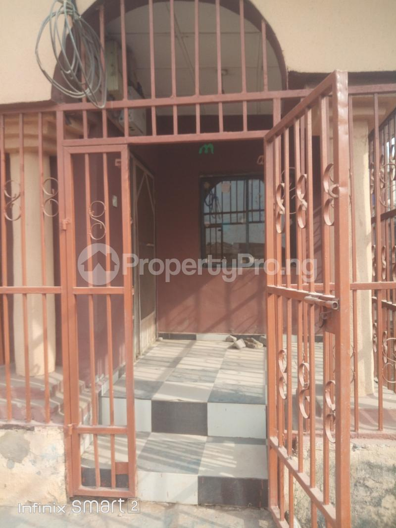 4 bedroom Detached Bungalow House for sale Peace Estate Baruwa Ipaja Lagos - 8