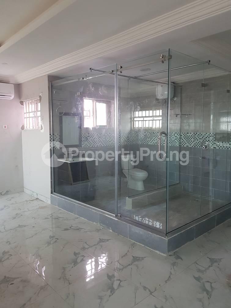 2 bedroom Block of Flat for rent Adebambi chevron Lekki Lagos - 12