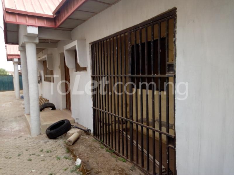 3 bedroom Flat / Apartment for rent Beside primary school, Tanke, Ilorin. Ilorin Kwara - 4