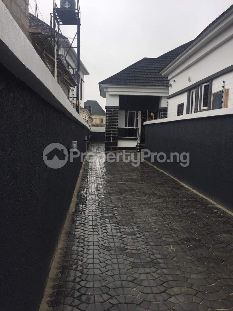 3 bedroom Detached Bungalow House for rent Thomas estate Thomas estate Ajah Lagos - 0