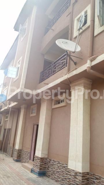 3 bedroom Flat / Apartment for rent chiveta avenue Ajao Estate Isolo Lagos - 0