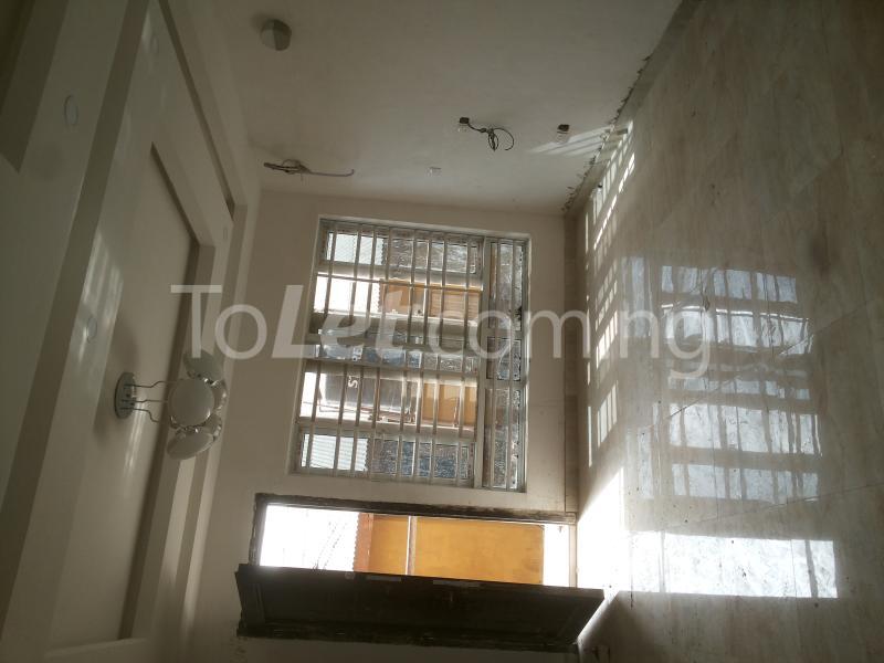 3 bedroom Flat / Apartment for sale - Alagomeji Yaba Lagos - 1