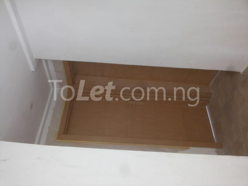 3 bedroom Flat / Apartment for sale - Alagomeji Yaba Lagos - 10