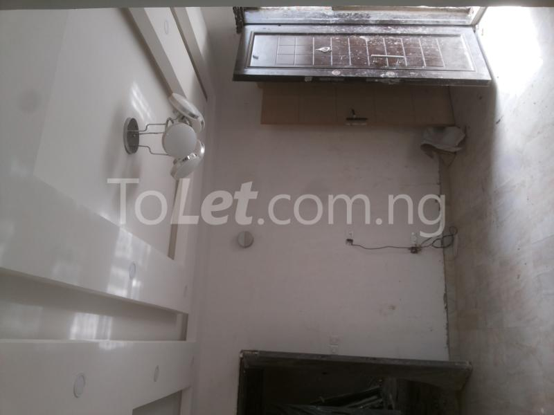3 bedroom Flat / Apartment for sale - Alagomeji Yaba Lagos - 5