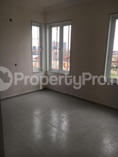 3 bedroom Block of Flat for sale Ivie street Oral Estate Lekki Lagos - 4