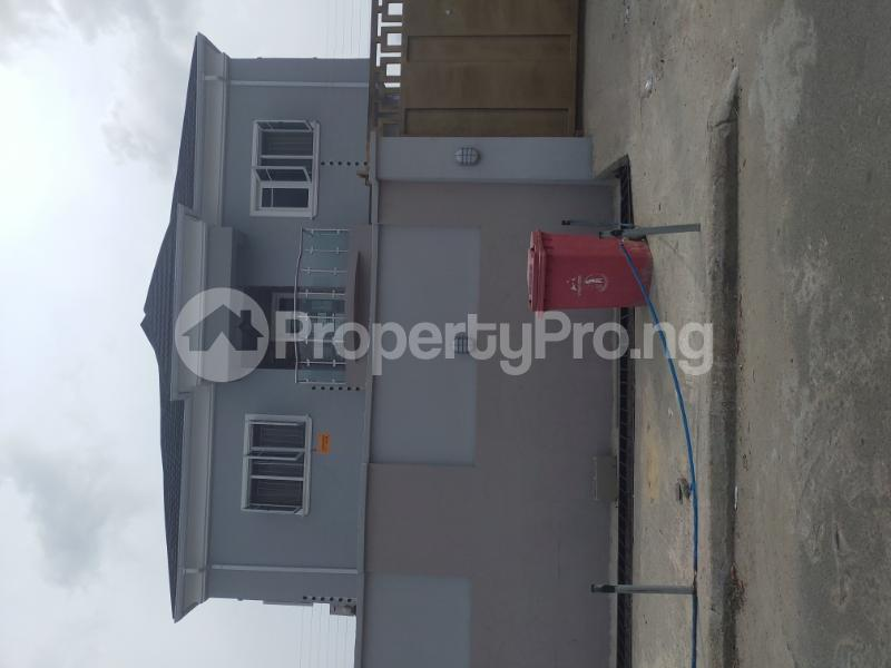3 bedroom Terrace for rent 1 bode Thomas Central surulere Surulere Lagos - 4