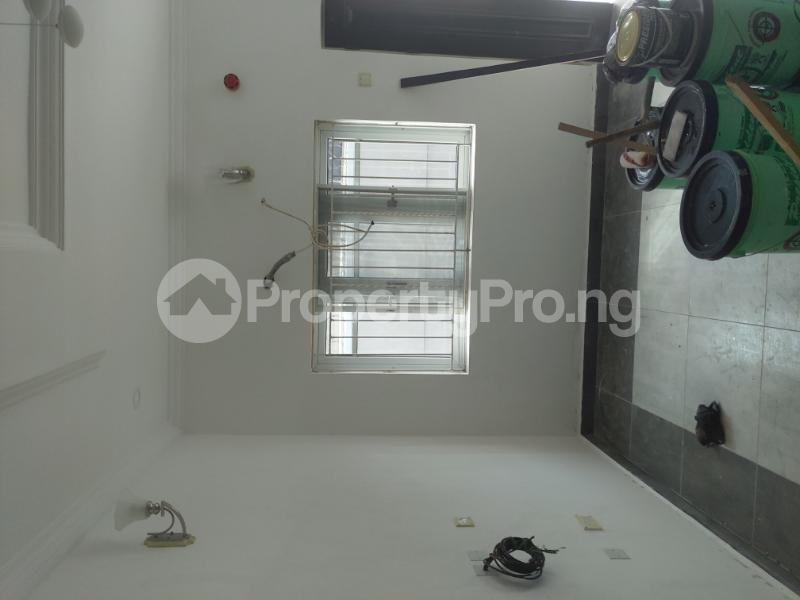 3 bedroom Terrace for rent 1 bode Thomas Central surulere Surulere Lagos - 3