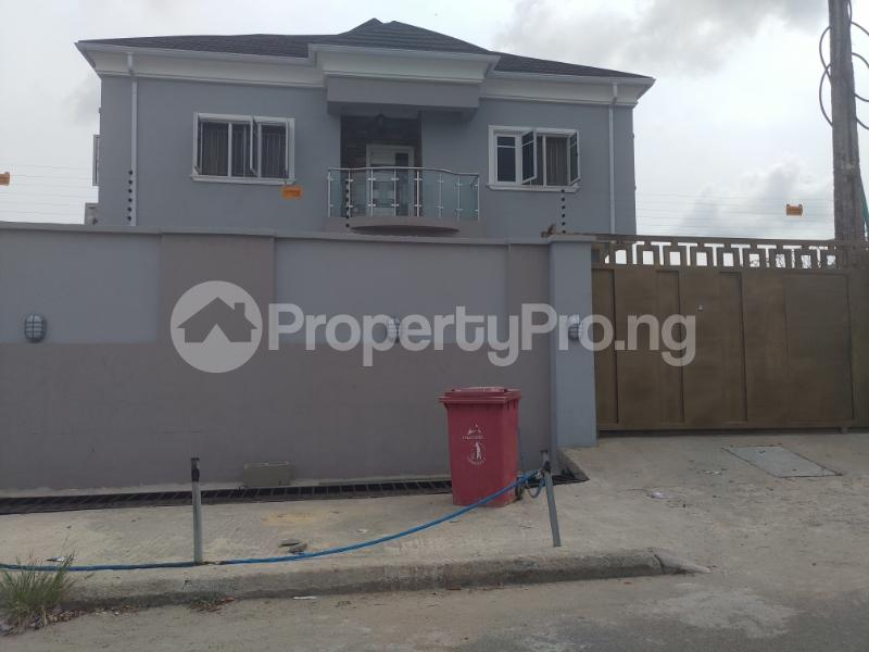 3 bedroom Terrace for rent 1 bode Thomas Central surulere Surulere Lagos - 5