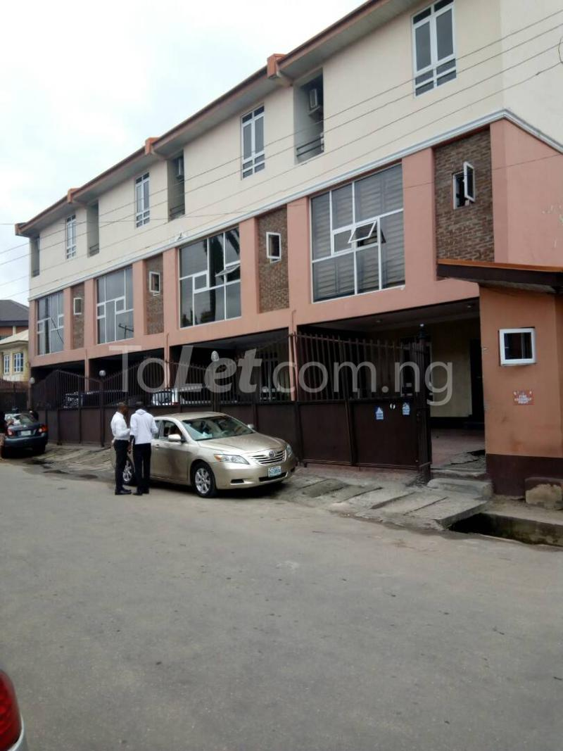 4 bedroom House for rent Connal road Sabo Yaba Lagos - 0