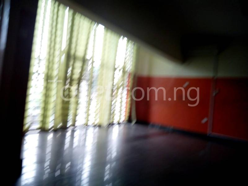 4 bedroom House for rent Connal road Sabo Yaba Lagos - 1