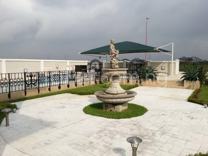 6 bedroom House for sale Royal Gardens Estate  Off Lekki-Epe Expressway Ajah Lagos - 2