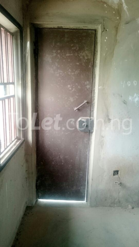 7 bedroom House for sale opposite Ibadan Business School, behind Davis Hotel Ibadan Oyo - 3