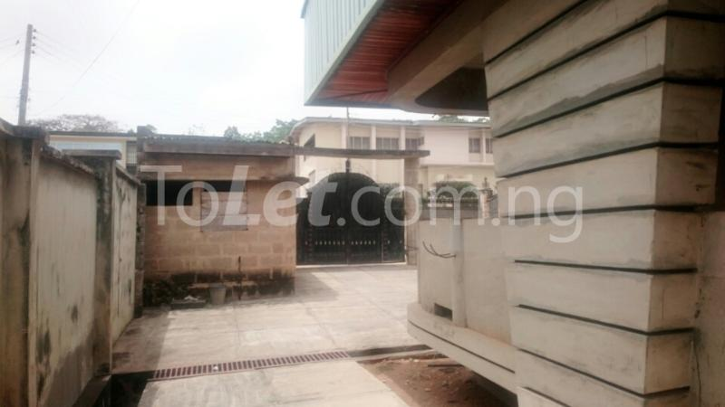 7 bedroom House for sale opposite Ibadan Business School, behind Davis Hotel Ibadan Oyo - 6