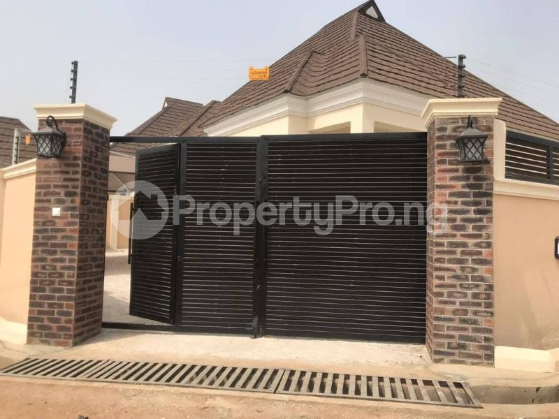 3 bedroom Detached Bungalow House for sale olive estate, off Idi ishin-Jericho road Jericho Ibadan Oyo - 6