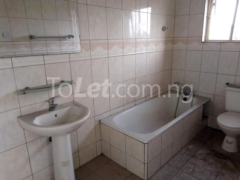 2 bedroom Shared Apartment Flat / Apartment for rent Rd Road Rumudara Shell Location Port Harcourt Rivers - 8