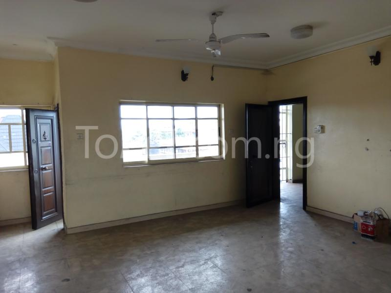 2 bedroom Shared Apartment Flat / Apartment for rent Rd Road Rumudara Shell Location Port Harcourt Rivers - 5