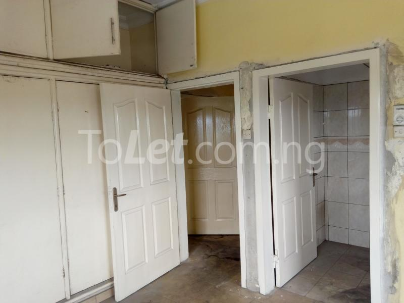 2 bedroom Shared Apartment Flat / Apartment for rent Rd Road Rumudara Shell Location Port Harcourt Rivers - 11