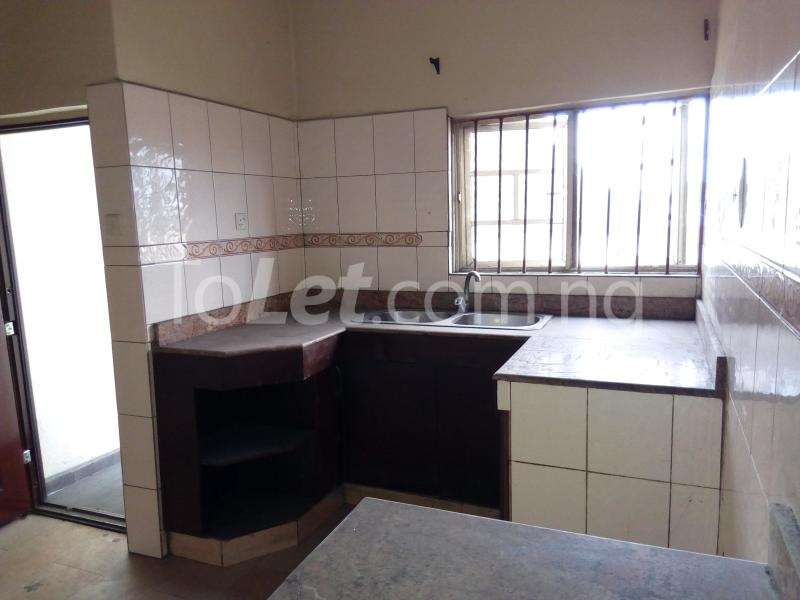 2 bedroom Shared Apartment Flat / Apartment for rent Rd Road Rumudara Shell Location Port Harcourt Rivers - 2