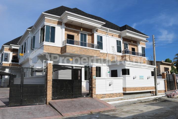 4 bedroom Semi Detached Duplex House for sale Agungi Lekki Lagos - 3