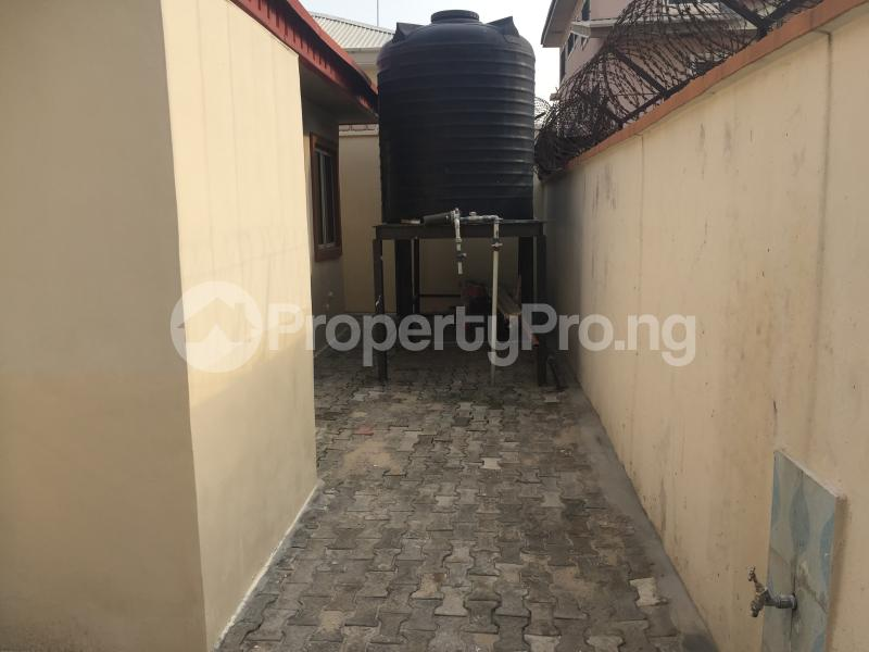 3 bedroom Boys Quarters Flat / Apartment for rent Off fola oshibo  Lekki Phase 1 Lekki Lagos - 11