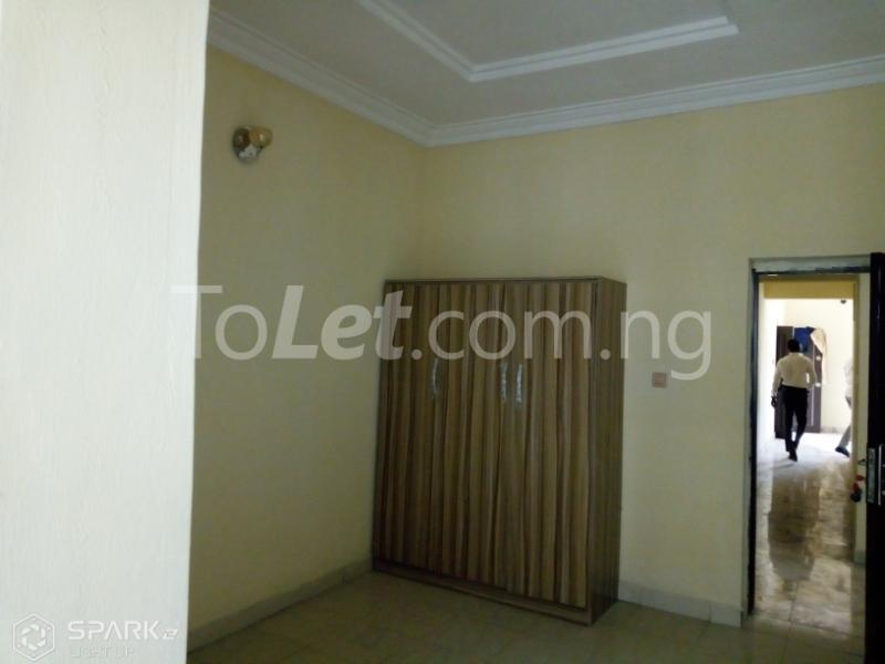 2 bedroom Flat / Apartment for rent by charley boy Gwarinpa Abuja - 8