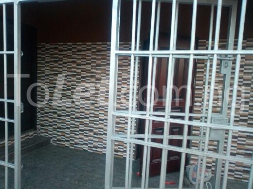 2 bedroom Flat / Apartment for rent Container road Awoyaya Ajah Lagos - 5