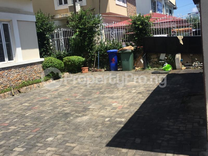 3 bedroom Flat / Apartment for rent Off admiralty way Lekki Phase 1 Lekki Lagos - 3