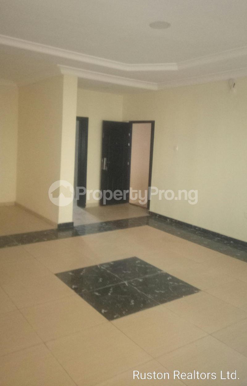 3 bedroom Flat / Apartment for rent Kolapo Ishola GRA Ibadan Oyo - 1