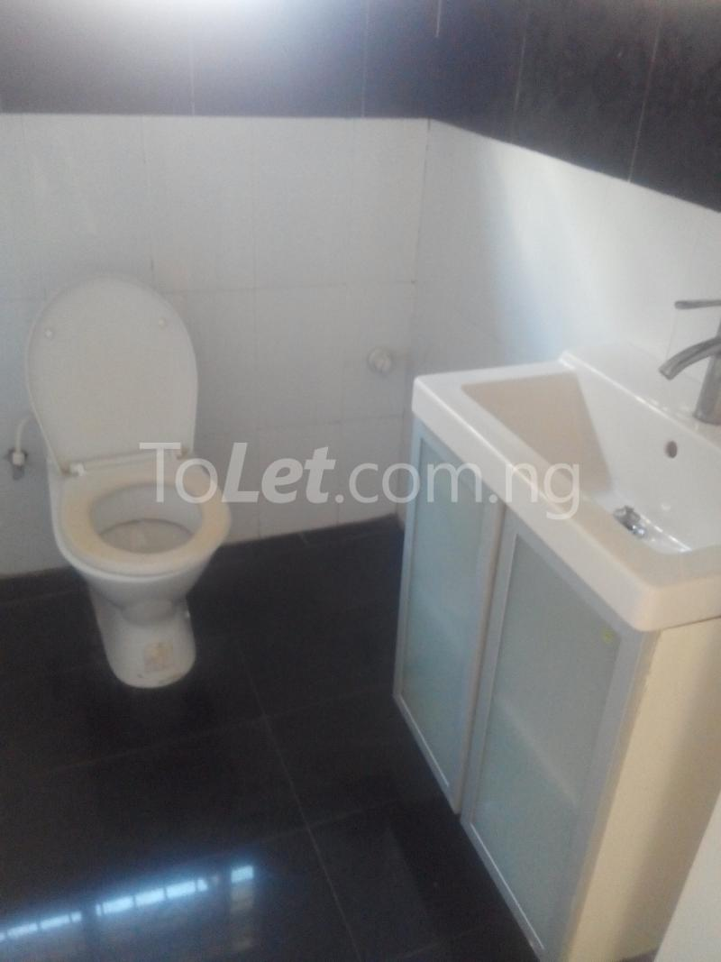 3 bedroom Flat / Apartment for rent Ologolo town Jakande Lekki Lagos - 5