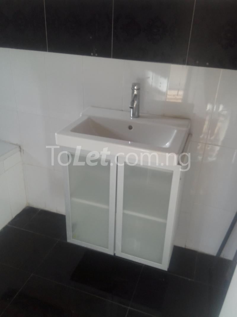 3 bedroom Flat / Apartment for rent Ologolo town Jakande Lekki Lagos - 8