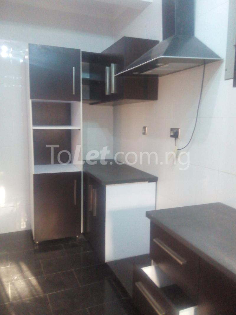 3 bedroom Flat / Apartment for rent Ologolo town Jakande Lekki Lagos - 3