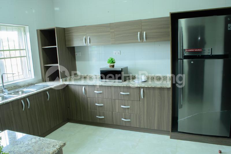 3 bedroom Blocks of Flats House for sale Airport Road Lugbe Lugbe Abuja - 3