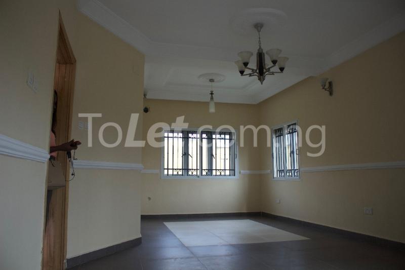 3 bedroom Terraced Duplex House for rent Platinum way  Jakande Lekki Lagos - 10